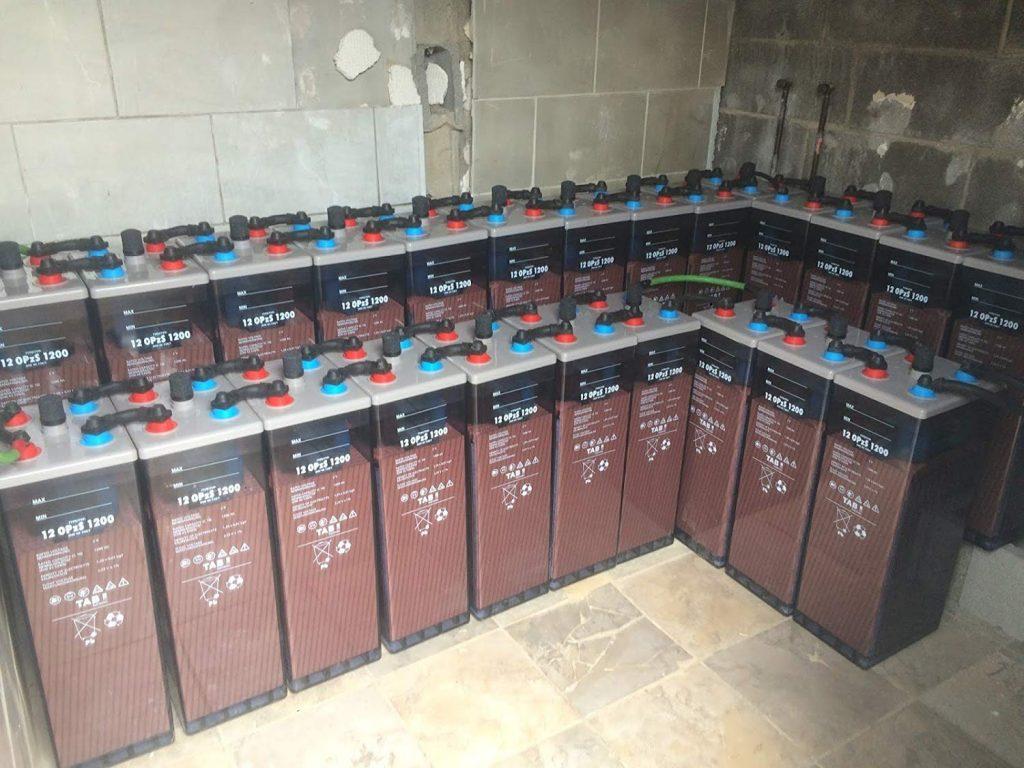 instalación baterias opzs